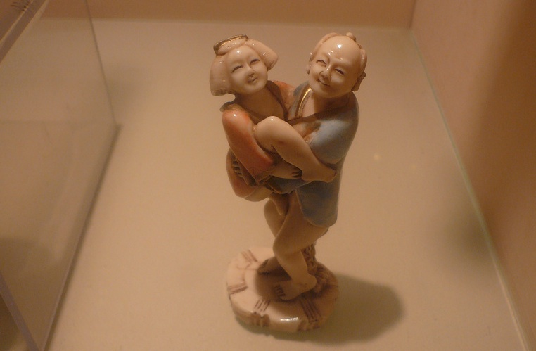 chinese-sex-ed-figurine